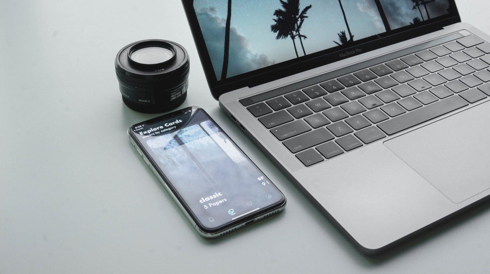 computer-screen-iphone-wide